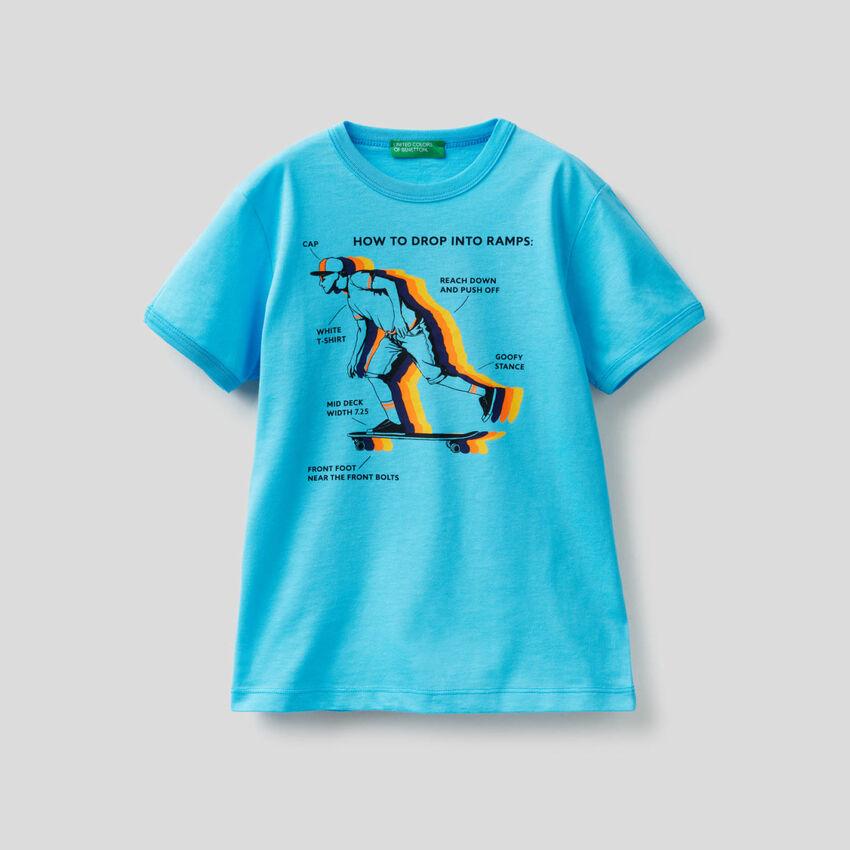 T-shirt with maxi skateboard print