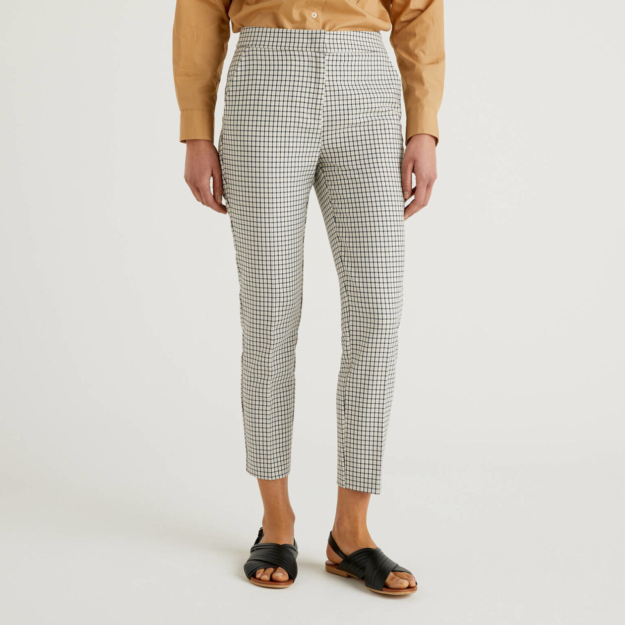 Trousers with check pattern