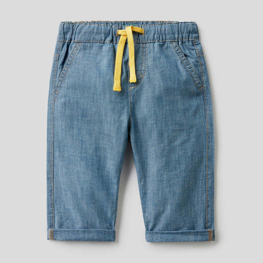 Trousers in 100% cotton chambray
