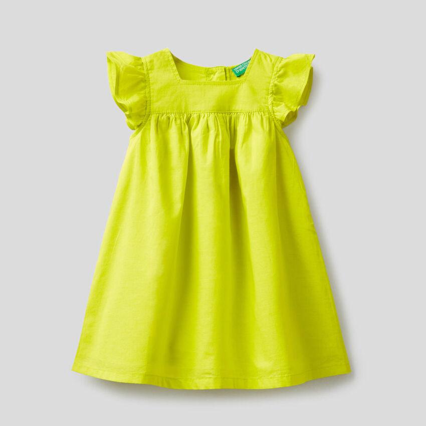 Wide dress in 100% cotton