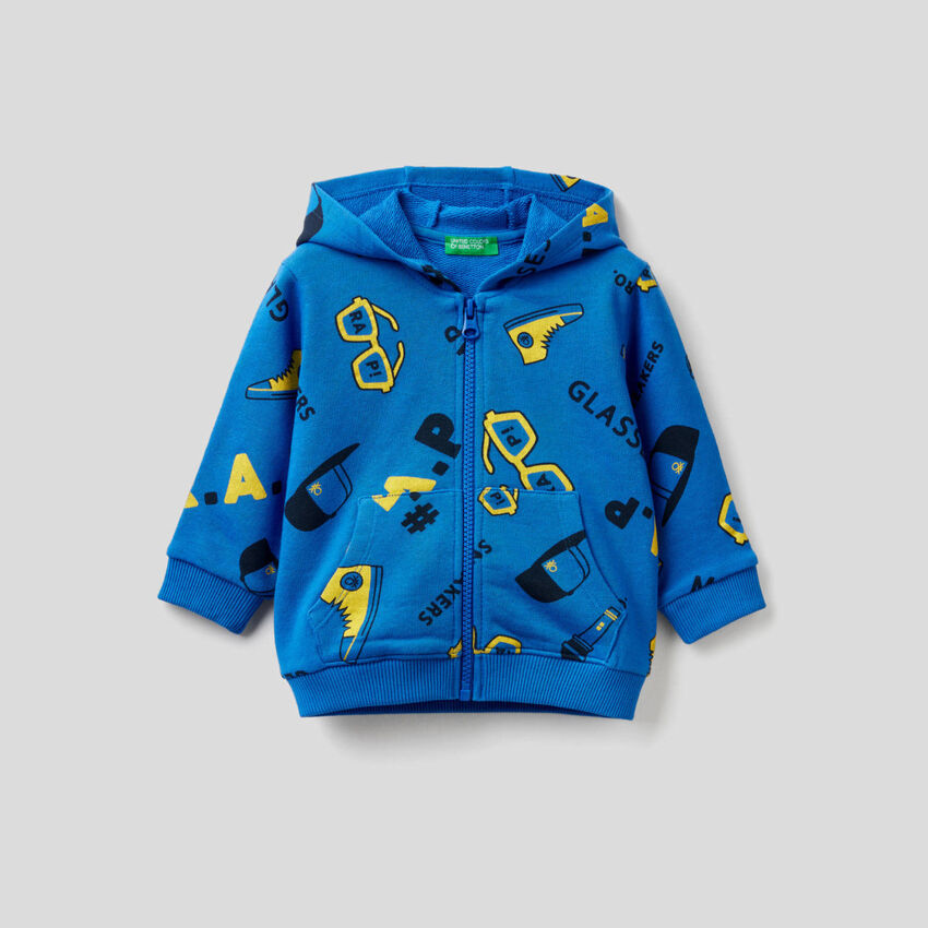 Patterned hoodie