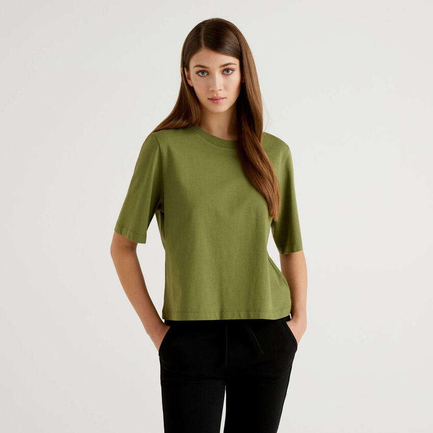 100% cotton boxy fit t-shirt