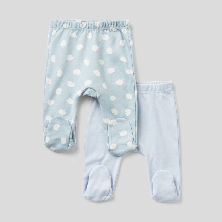 Two pairs of stirrup trousers in 100% organic cotton