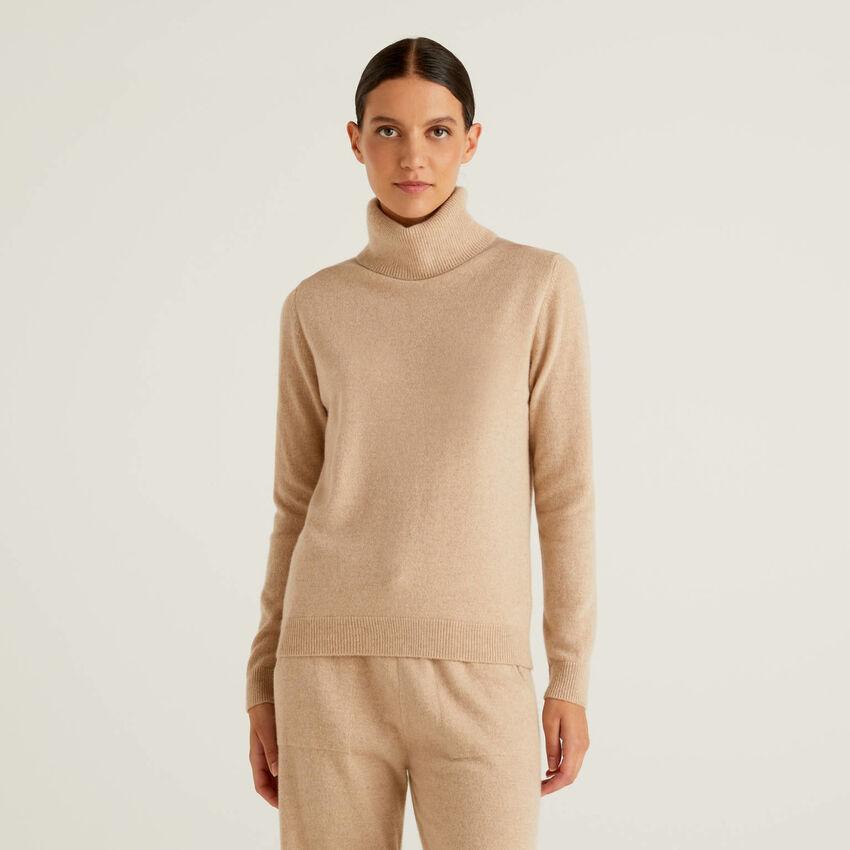 Pure cashmere turtleneck