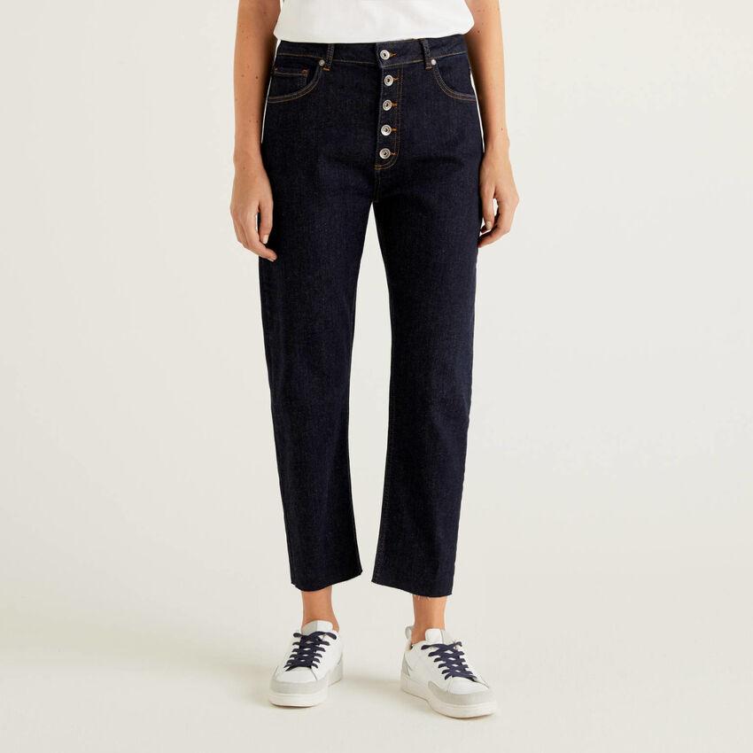 Five-pocket mom fit jeans