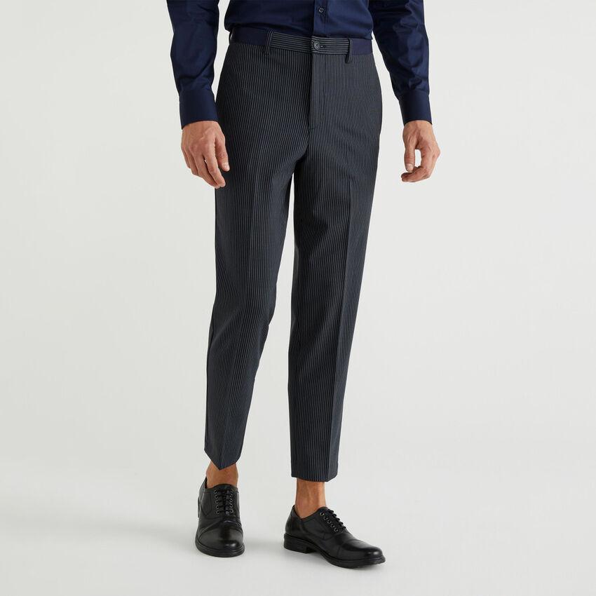 Trousers in fresh wool