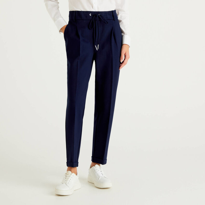 Yarn dyed trousers with drawstring