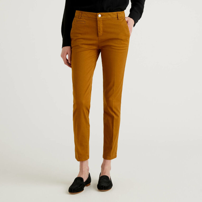 Slim fit cotton camel chinos